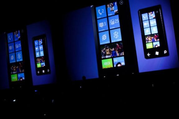 30 to Launch Windows Phone app